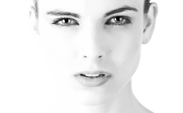 Фраксель – безопасное, эффективное и комфортное омоложение кожи